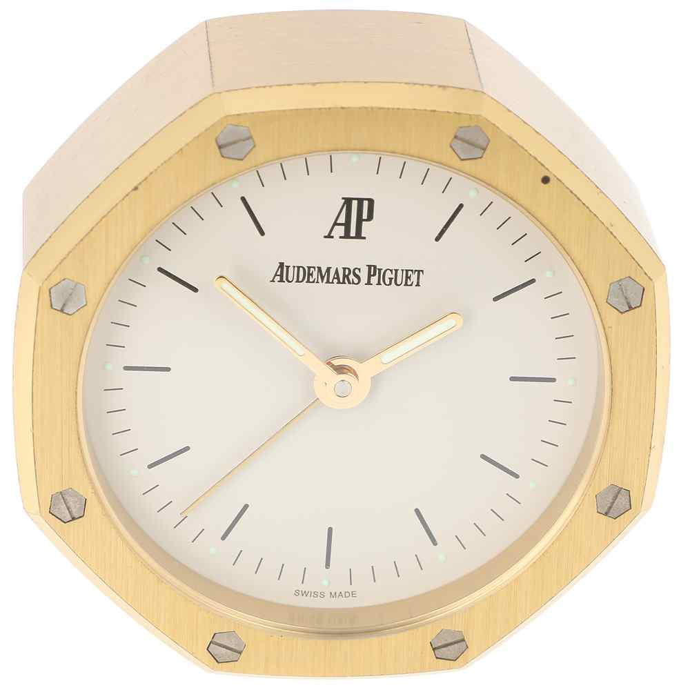 clock audemars piguet royal oak second hand buy online on watch montre paris. Black Bedroom Furniture Sets. Home Design Ideas