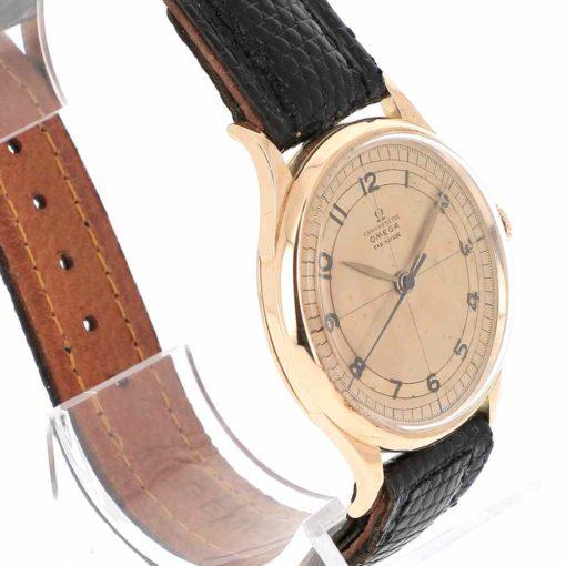 montre bracelet Omega chronometre lunette